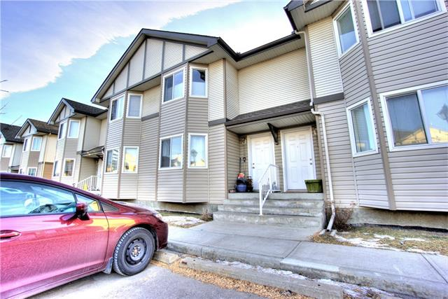 52 ROYAL BIRCH VI NW, 2 bed, 1.1 bath, at $273,800