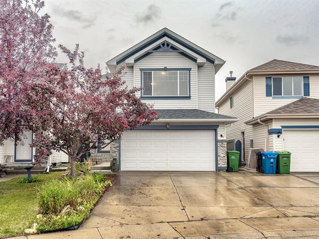 90 SOMERGLEN CL SW, 3 bed, 3.1 bath, at $394,000