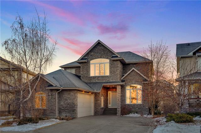 6 DISCOVERY RIDGE GR SW, 4 bed, 3.1 bath, at $825,000