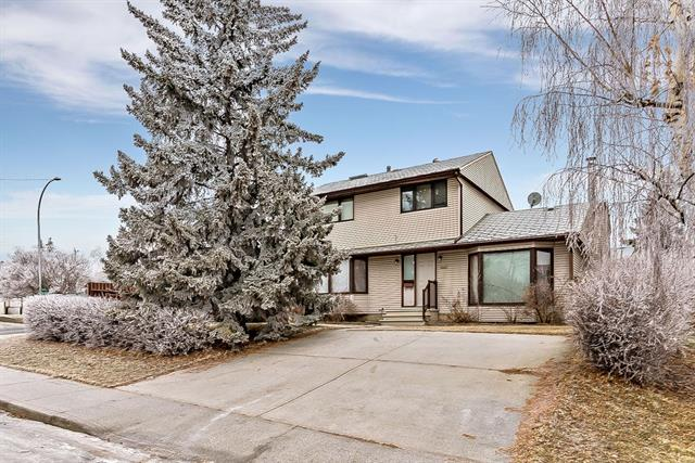 3204 KERRYDALE RD SW, 3 bed, 2 bath, at $649,900