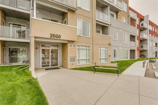 #2107 604 EAST LAKE BV NE, 2 bed, 2 bath, at $220,000