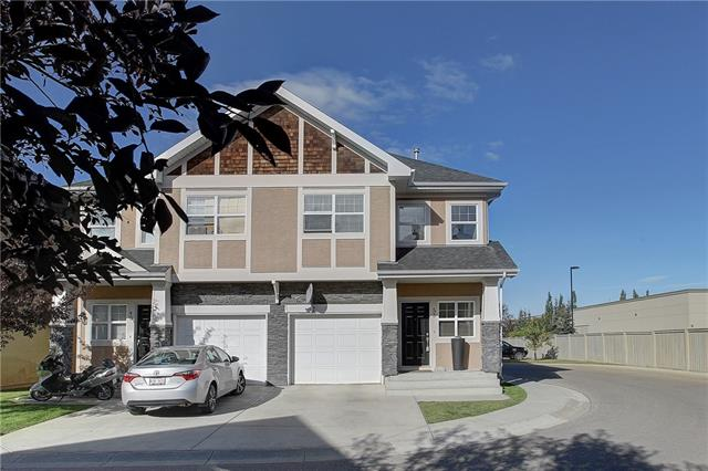 53 WENTWORTH CM SW, 2 bed, 2.1 bath, at $384,900