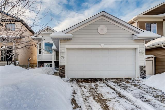 75 ARBOUR RIDGE CL NW, 4 bed, 2 bath, at $449,900