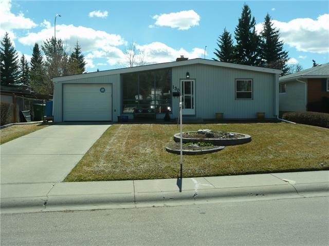 130 Oakmoor PL SW, 3 bed, 2 bath, at $399,900