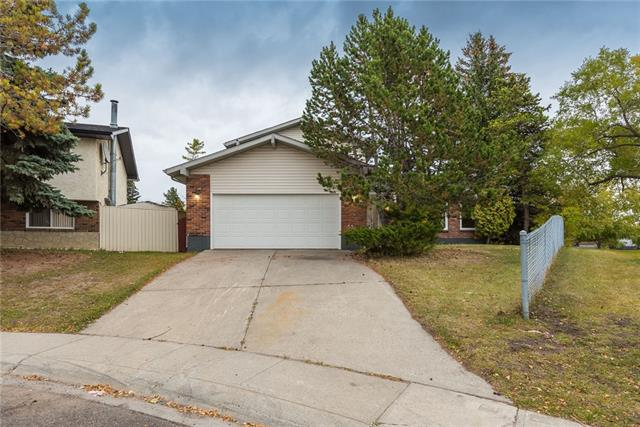 304 PINEMILL WY NE, 4 bed, 2.1 bath, at $444,900