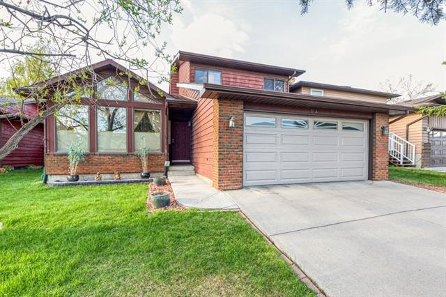 83 EDENWOLD CR NW, 4 bed, 3.1 bath, at $549,900
