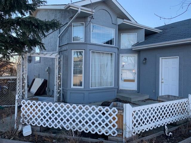 304 WATERSTONE PL SE, 5 bed, 3 bath, at $346,000