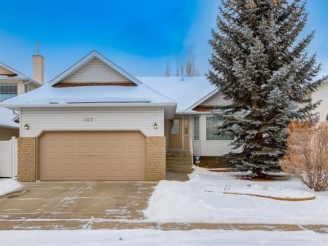 107 Sierra Madre CR SW, 5 bed, 3 bath, at $527,000