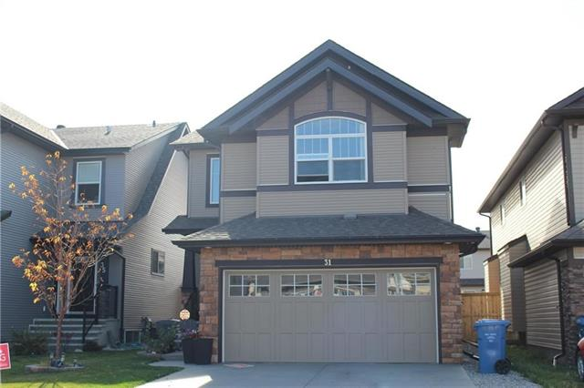 31 SKYVIEW SHORES GD NE, 3 bed, 2.1 bath, at $534,900