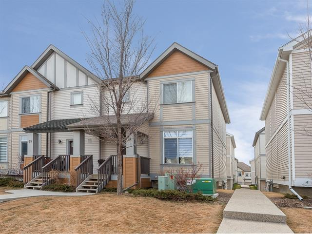#31 300 EVANSCREEK CO NW, 2 bed, 2.1 bath, at $296,500