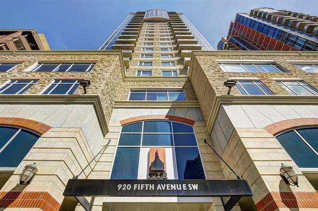 #802 920 5 AV SW, 1 bed, 1 bath, at $308,000