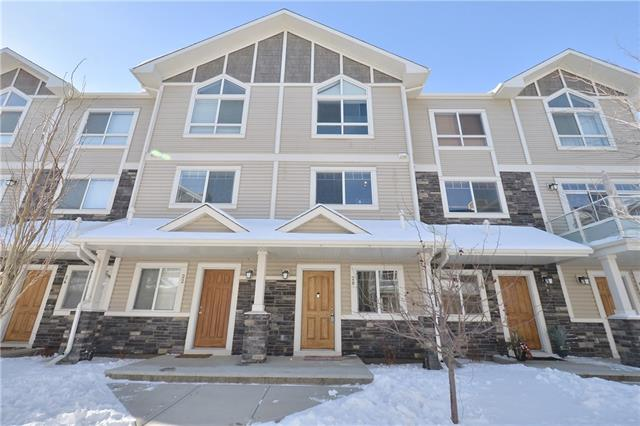 20 SKYVIEW RANCH GD NE, 2 bed, 2.1 bath, at $269,900