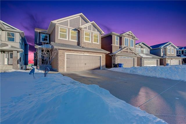 164 NOLANLAKE VW NW, 5 bed, 3.1 bath, at $737,987