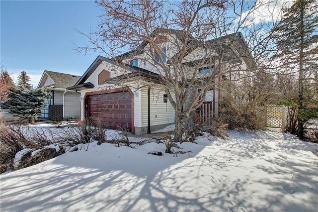 33 APPLECREST CR SE, 4 bed, 2.1 bath, at $439,777