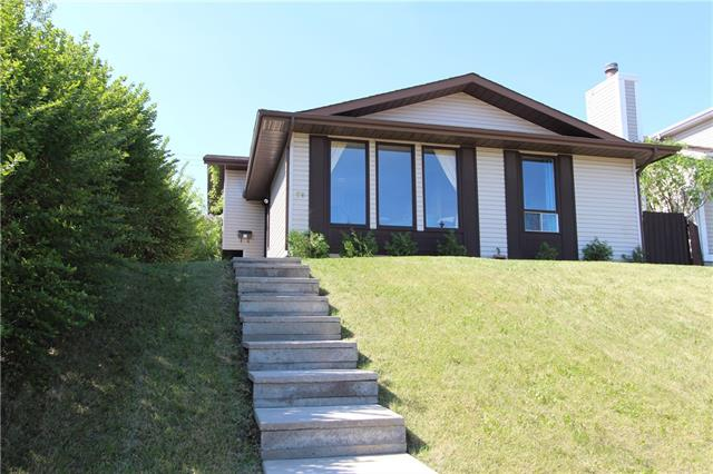 39 BEDDINGTON WY NE, 3 bed, 1.1 bath, at $334,900