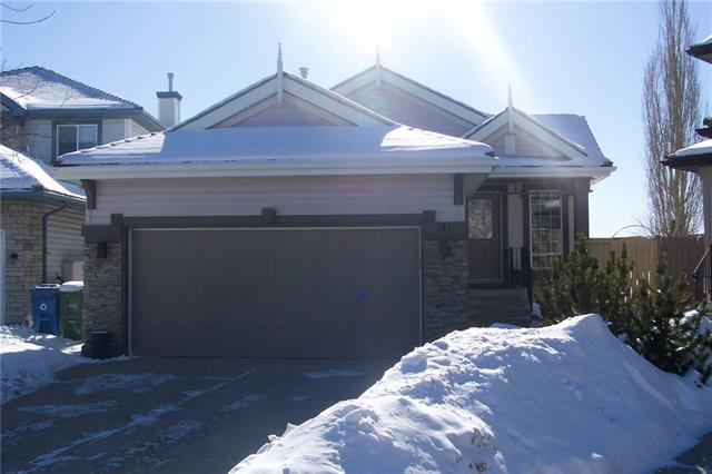 141 SPRINGBANK PL SW, 3 bed, 2.1 bath, at $494,900