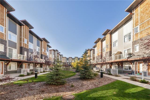 612 SKYVIEW POINT PL NE, 2 bed, 2.1 bath, at $295,000