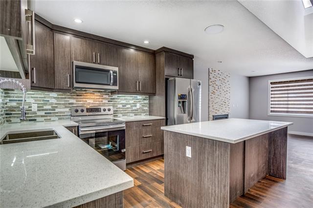 243 RUNDLECAIRN RD NE, 5 bed, 4.1 bath, at $485,500