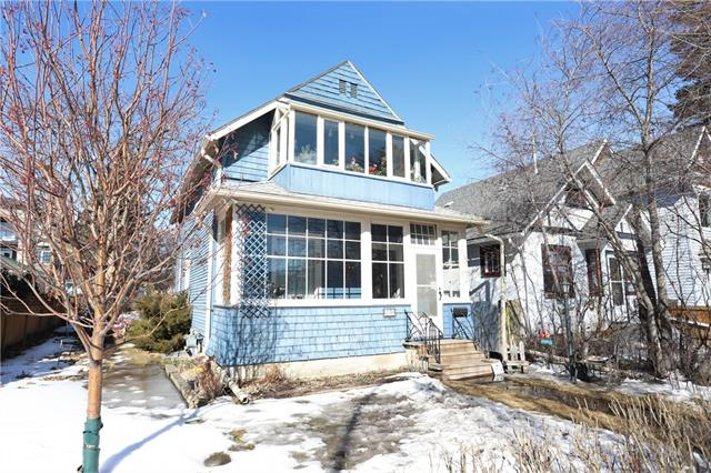 218 19 AV NE, 3 bed, 2 bath, at $499,900