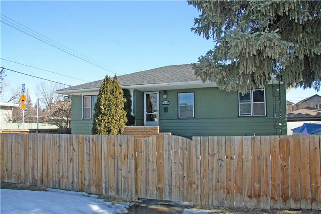 1404 43 ST SW, 3 bed, 2 bath, at $519,500