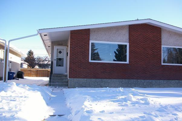 2830 43 ST SW, 2 bed, 2 bath, at $578,000