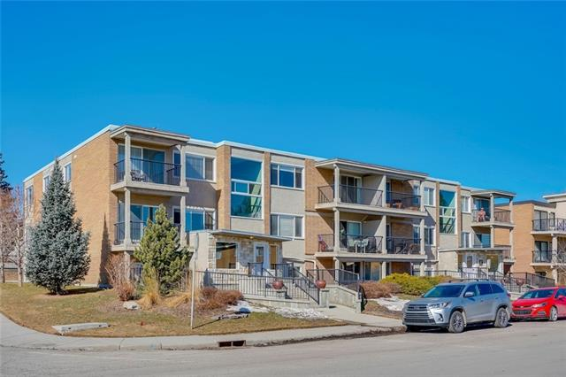 #35 4915 8 ST SW, 2 bed, 1 bath, at $298,000