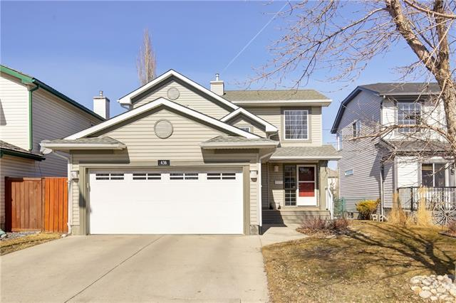 436 DOUGLAS GLEN CL SE, 3 bed, 2.1 bath, at $469,900
