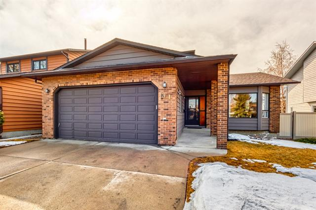 31 EDFORTH WY NW, 5 bed, 3.1 bath, at $529,900