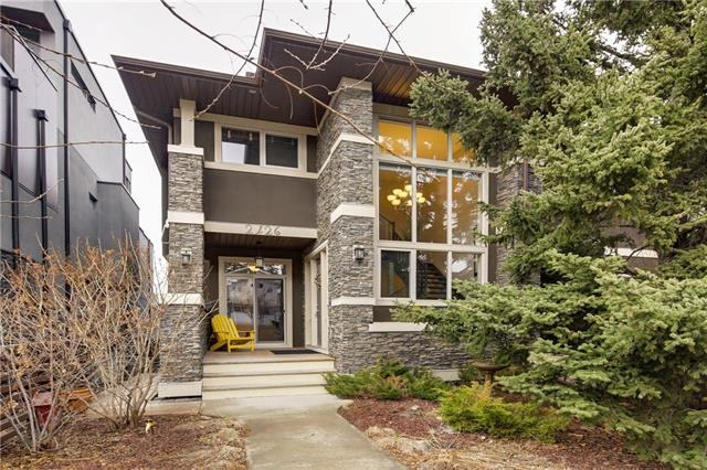 2126 28 AV SW, 4 bed, 3.1 bath, at $835,000