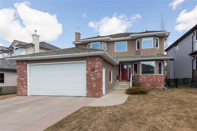 86 ARBOUR VISTA RD NW, 5 bed, 3.1 bath, at $725,000
