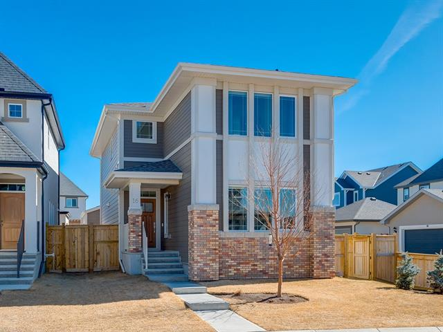 16 MARQUIS GR SE, 3 bed, 2.1 bath, at $509,000