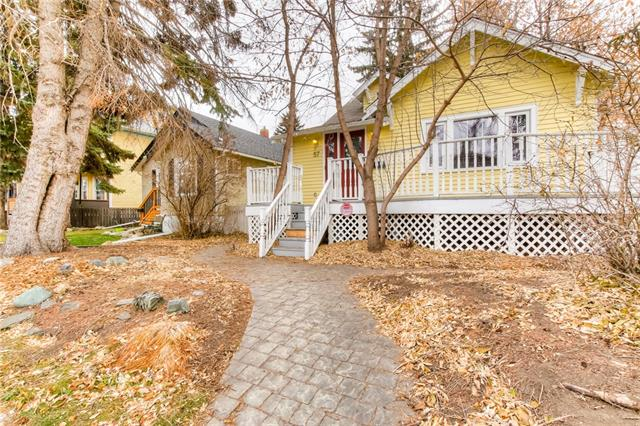 57 27 AV SW, 3 bed, 3 bath, at $594,900
