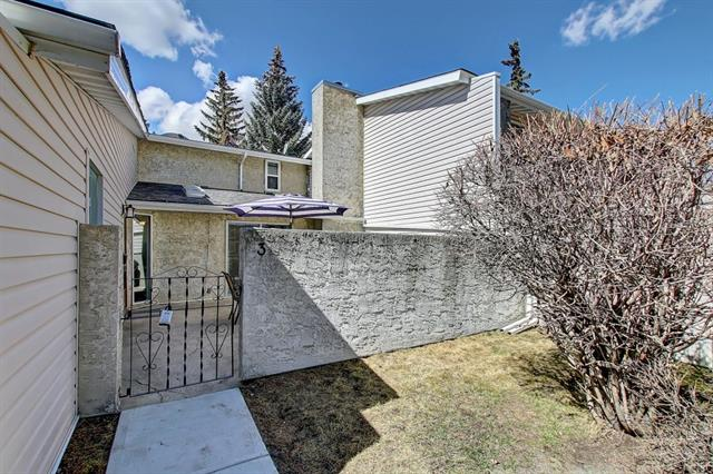 #3 4915 45 ST SW, 2 bed, 1 bath, at $209,900