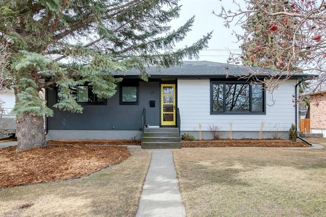 27 MONTROSE CR NE, 5 bed, 2 bath, at $594,800