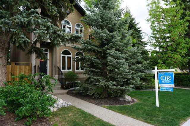 2410 35 ST SW, 4 bed, 3.1 bath, at $724,900