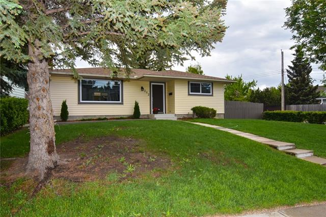 242 SILVER MEAD CR NW, 3 bed, 3 bath, at $564,900