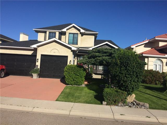 41 HIDDEN VALLEY HT NW, 4 bed, 3.1 bath, at $799,900