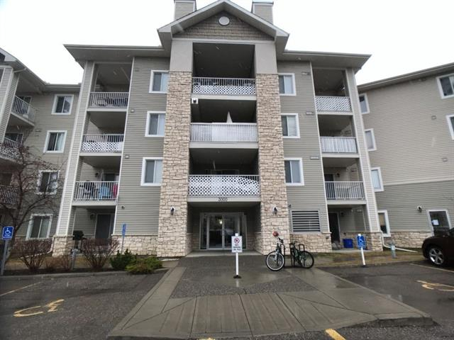 #3208 16320 24 ST SW, 1 bed, 1 bath, at $149,000