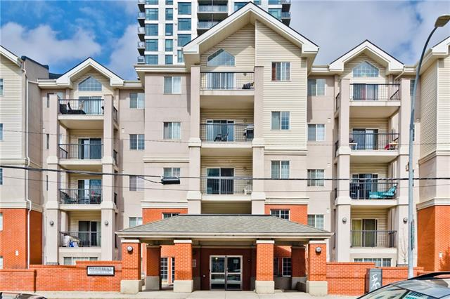 #220 126 14 AV SW, 2 bed, 2 bath, at $300,000
