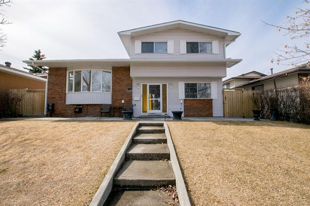 380 WHITERIDGE CR NE, 4 bed, 2.1 bath, at $489,900