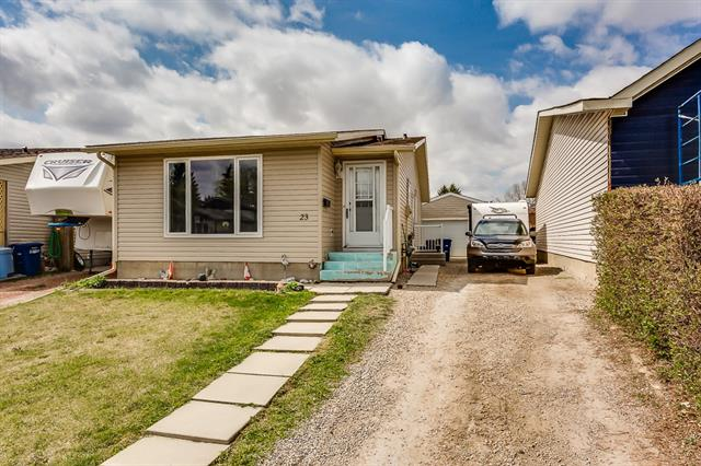 23 Emberdale WY , 3 bed, 2 bath, at $307,900