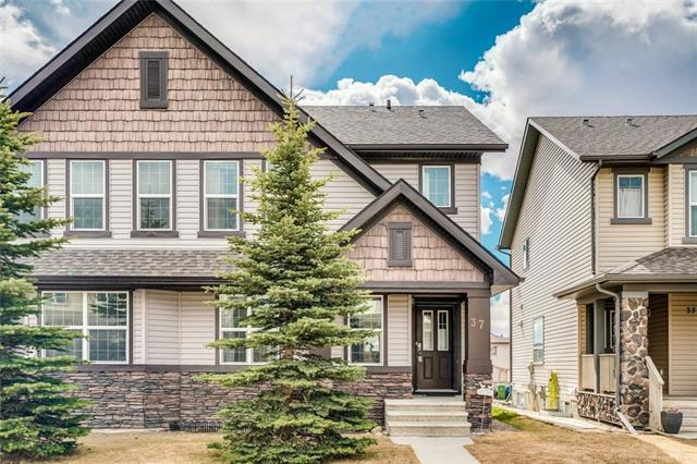 37 PANORA WY NW, 3 bed, 2.1 bath, at $369,900