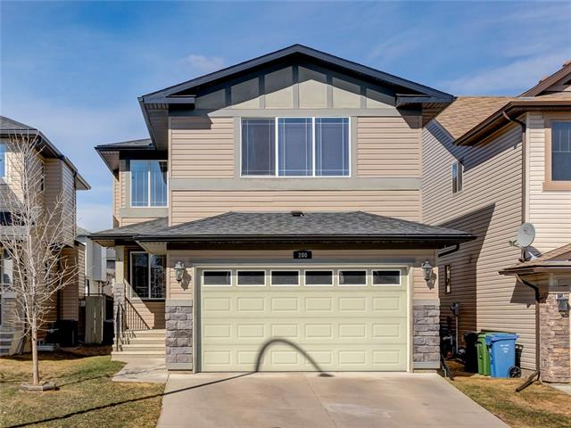 200 EVEROAK CL SW, 4 bed, 2.1 bath, at $525,000