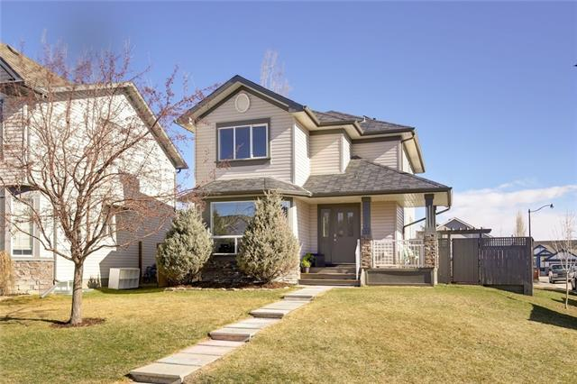 173 EVANSMEADE CL NW, 3 bed, 2.1 bath, at $385,000