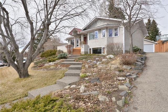 76 ROSELAWN CR NW, 4 bed, 2 bath, at $994,900