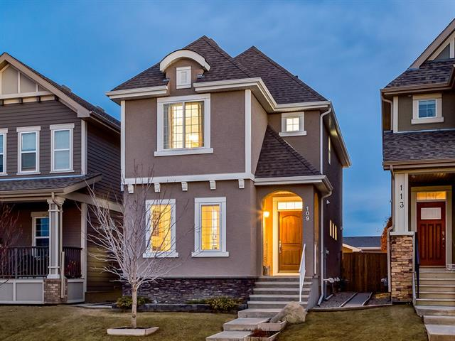 109 MAHOGANY HT SE, 3 bed, 2.1 bath, at $449,900