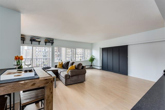 #1004 1209 6 ST SW, 1 bed, 1 bath, at $309,000