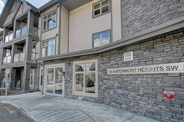 #204 15 ASPENMONT HT SW, 2 bed, 2 bath, at $364,900