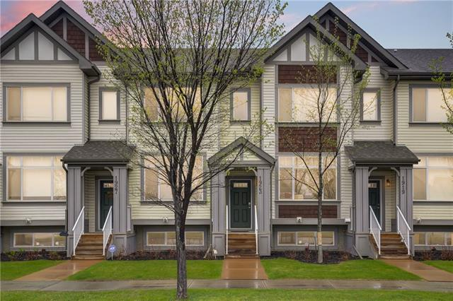 1923 COPPERFIELD BV SE, 2 bed, 2.1 bath, at $289,000
