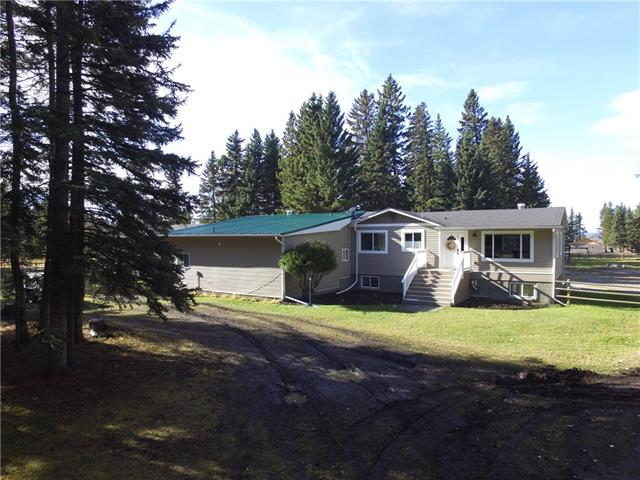 33058 Range Rd 51 NA N, 3 bed, 2 bath, at $575,000